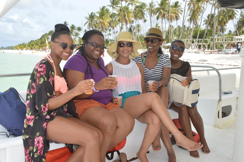 The girls on the boat